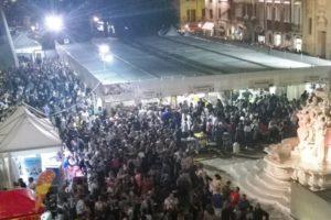 Nella foto la folla al Festival del cibo di strada dello scorso anno